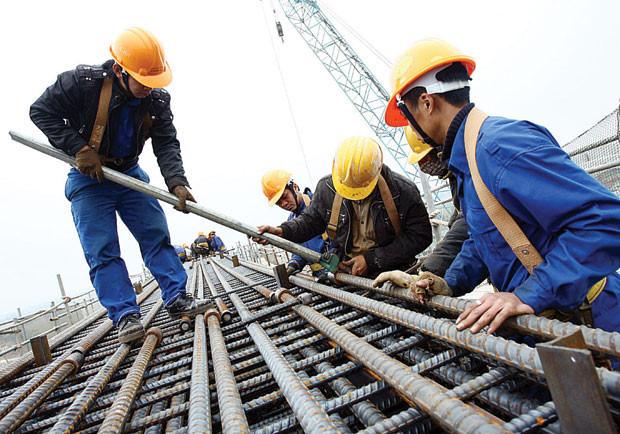 Tuyển gấp công nhân xây dựng
